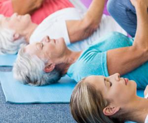 Posture de yoga pour la douleur